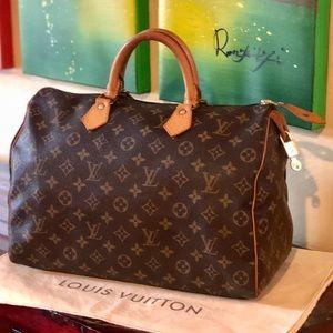 🤩Stunning🤩 Louis Vuitton Speedy 35